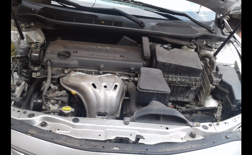 Silver Toyota Camry Muscle 2007