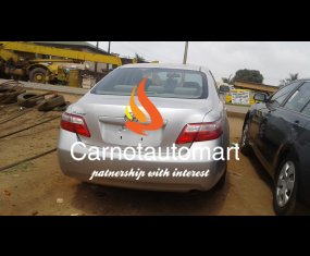 SILVER TOYOTA CAMRY 2007