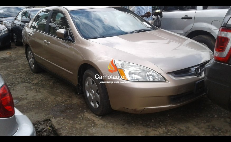 GOLD HONDA ACCORD 2012